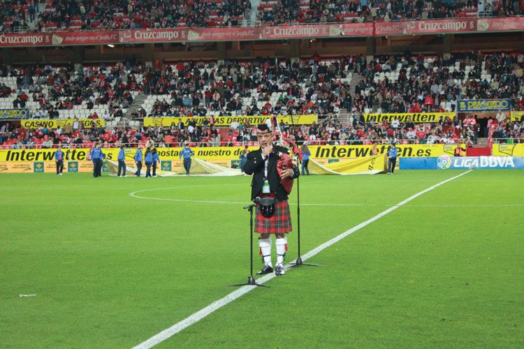 Bagpiper-Sevilla-FC-750x500.jpg